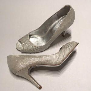 Adrianna Papell sparkly white/silver peep toe heel
